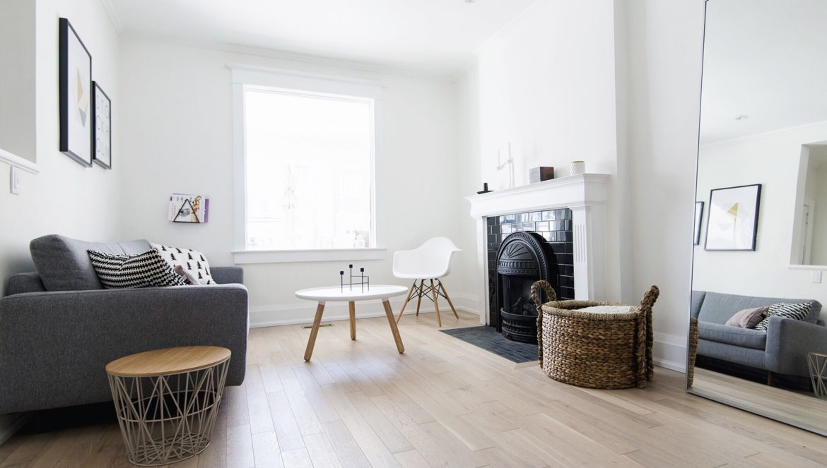 Scandinavian living room, white + grey + monochrome | Happy Grey Lucky house tour