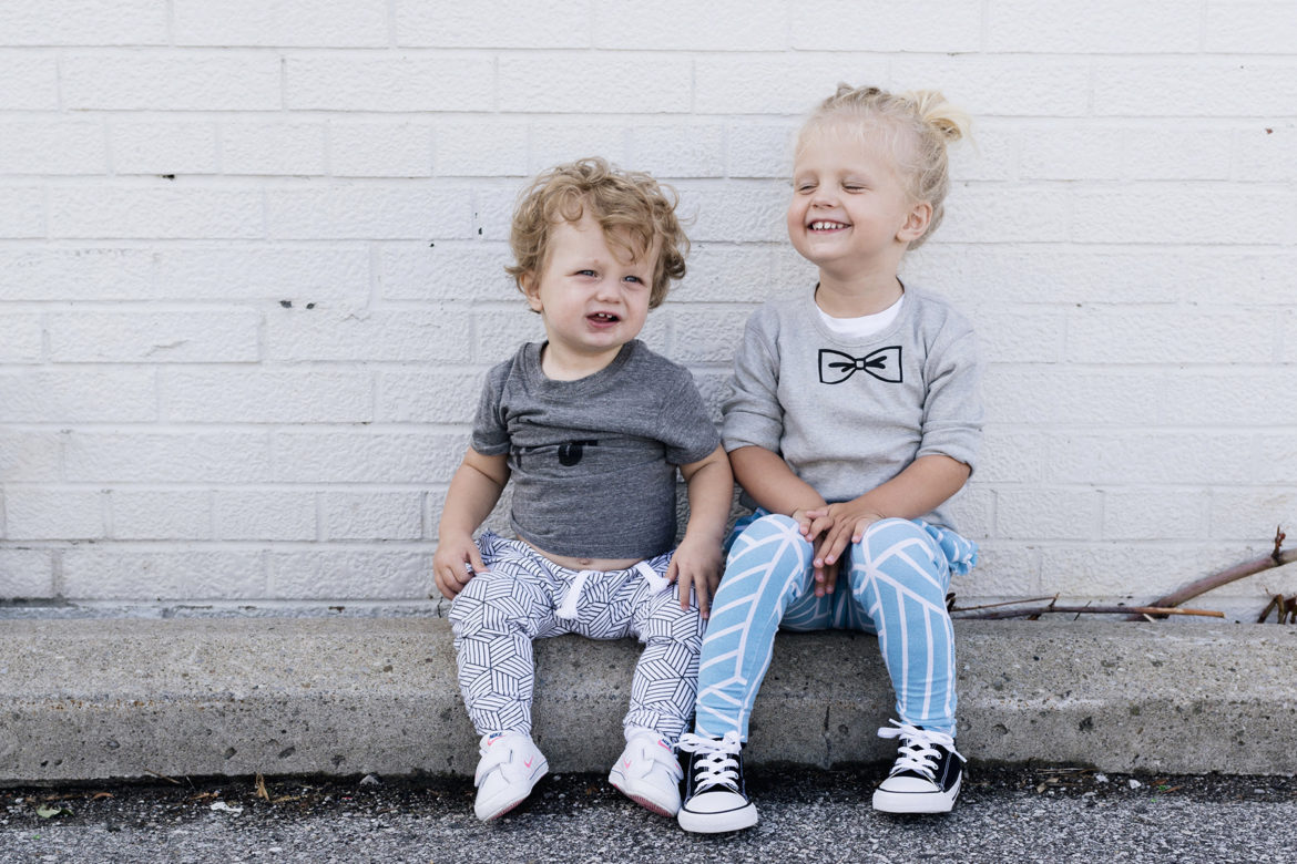 Joggers style for the whole family - mom, toddler + baby | Happy Grey Lucky
