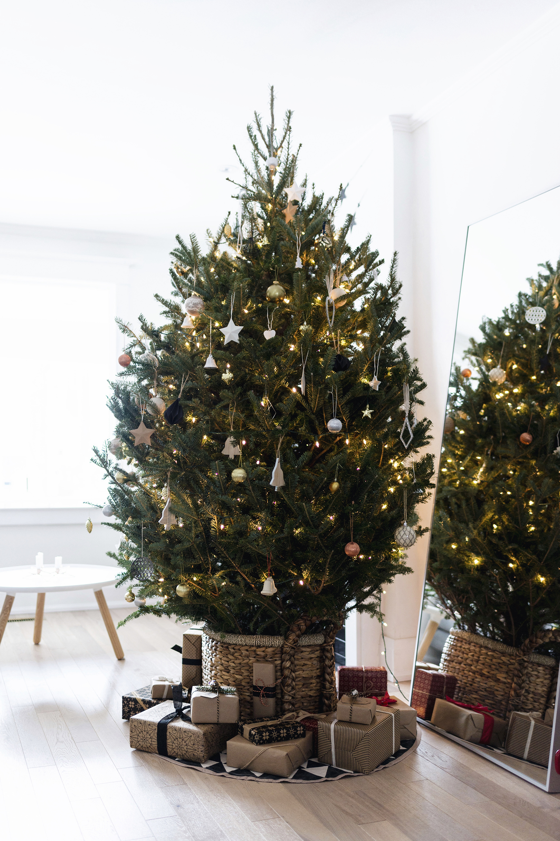 Scandinavian Christmas tree in a basket | Happy Grey Lucky