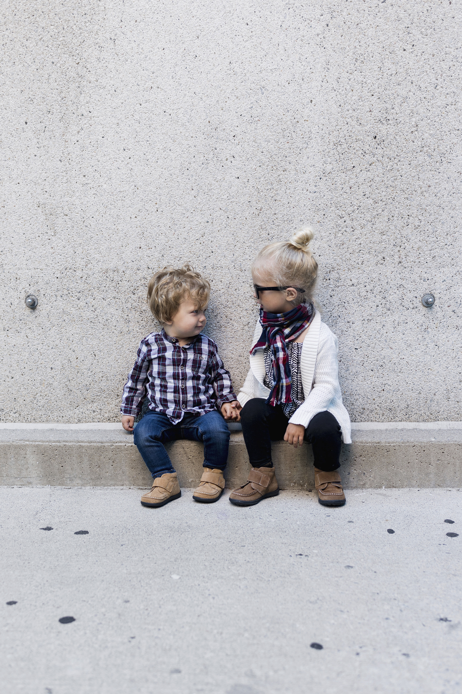 Toddler fall style, desert boots, matching siblings | Happy Grey Lucky