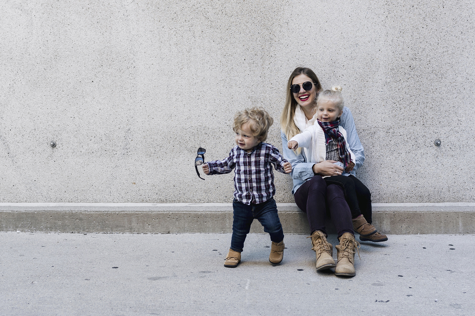 Toddler fall style, desert boots, mommy + me fashion | Happy Grey Lucky