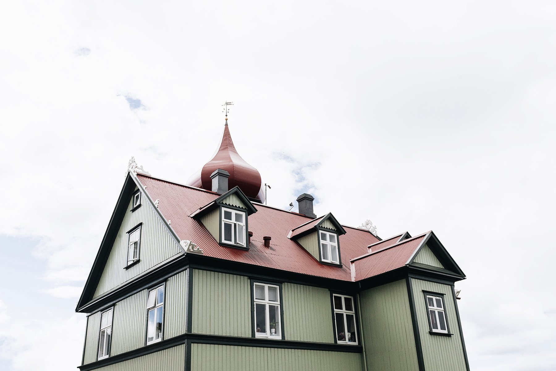 Reykjavik houses, Iceland with young kids - family travel with a baby & toddler | Happy Grey Lucky