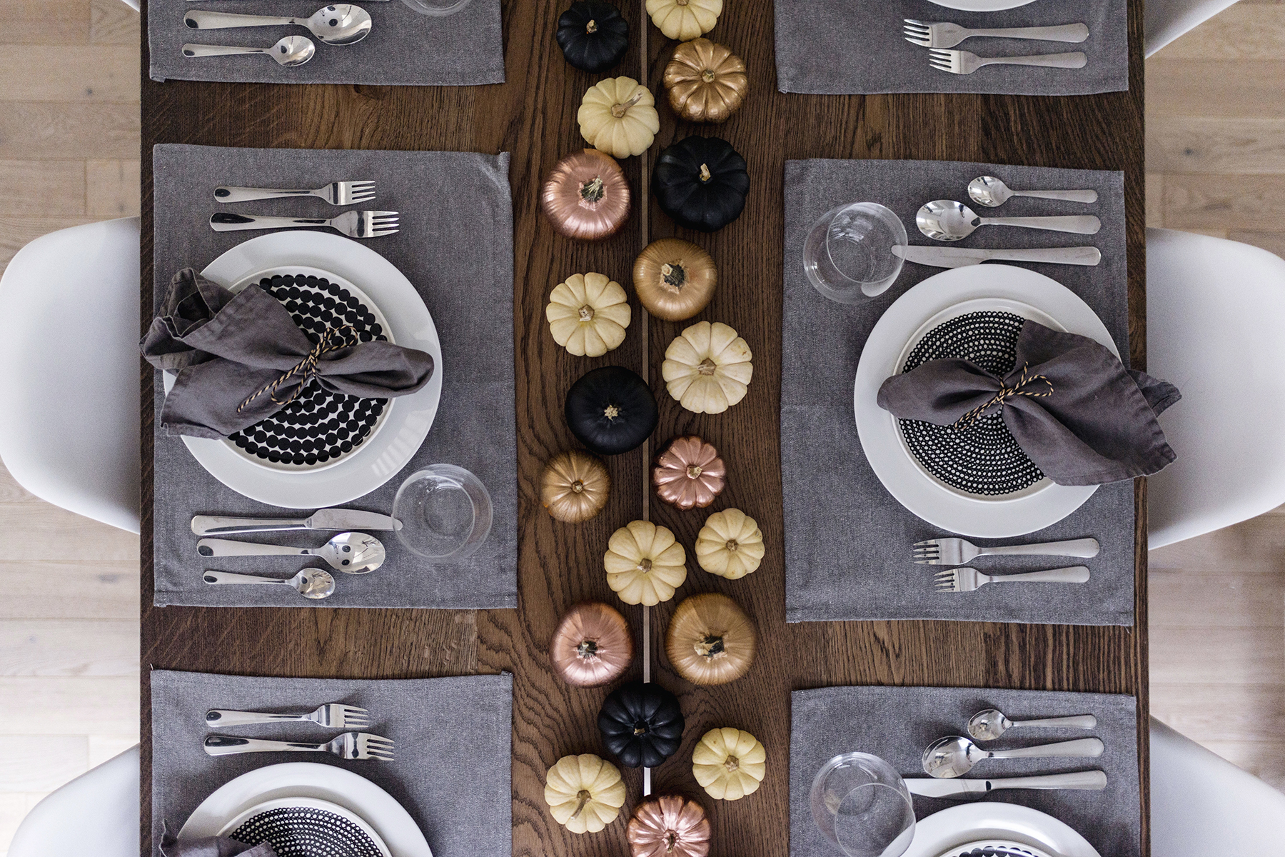 Modern, Scandinavian thanksgiving / fall tablescape, table setting