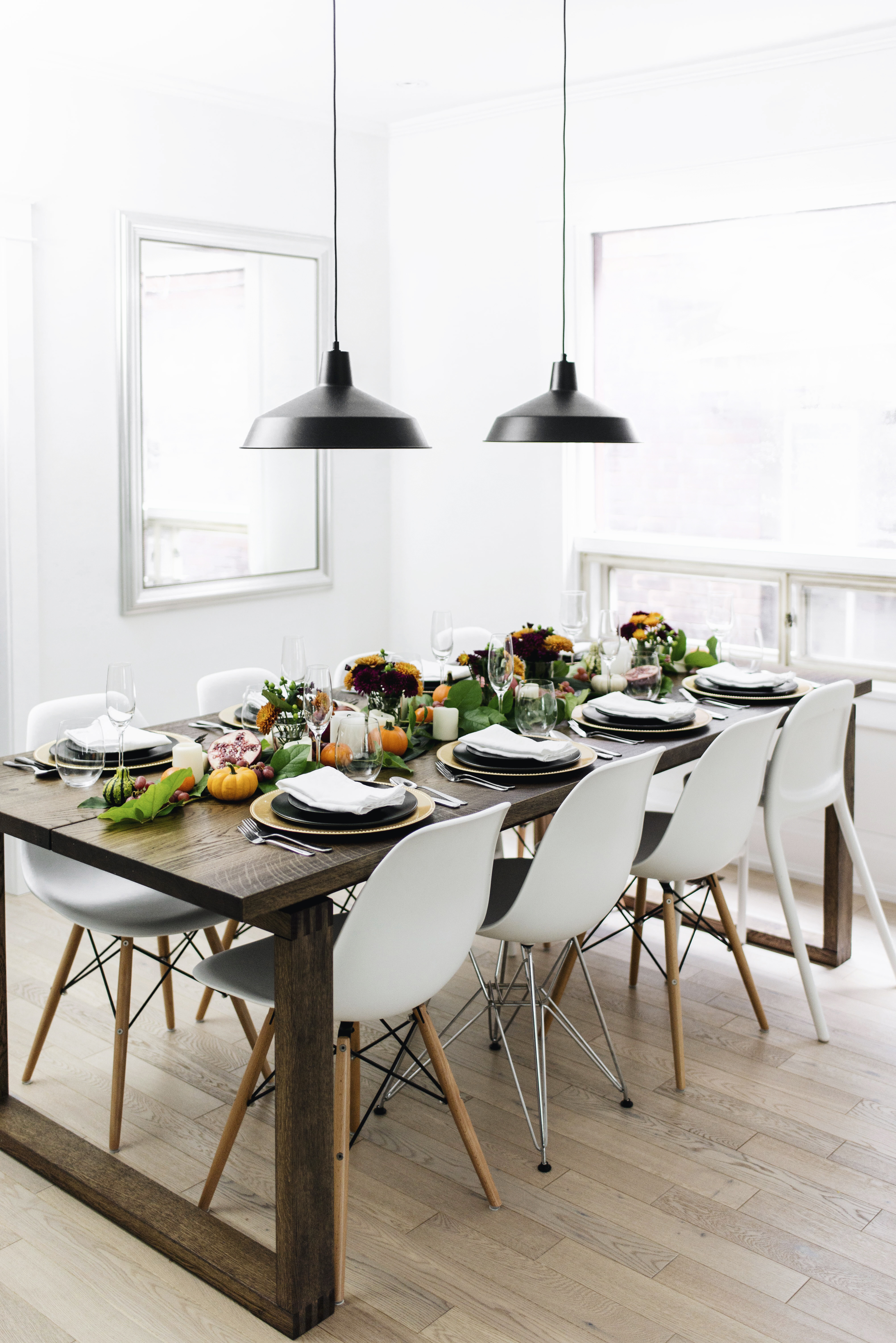 A Festive Thanksgiving Tablescape | Happy Grey Lucky