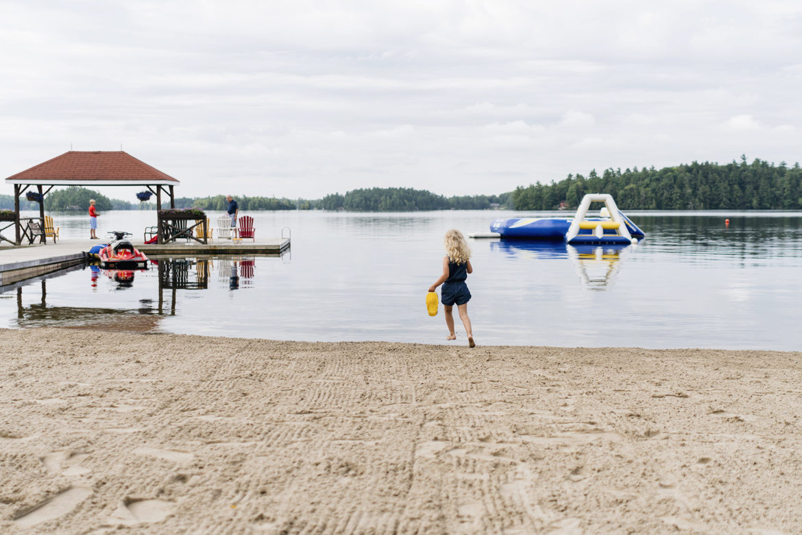 Family weekend getaway at Severn Lodge in Muskoka | Happy Grey Lucky