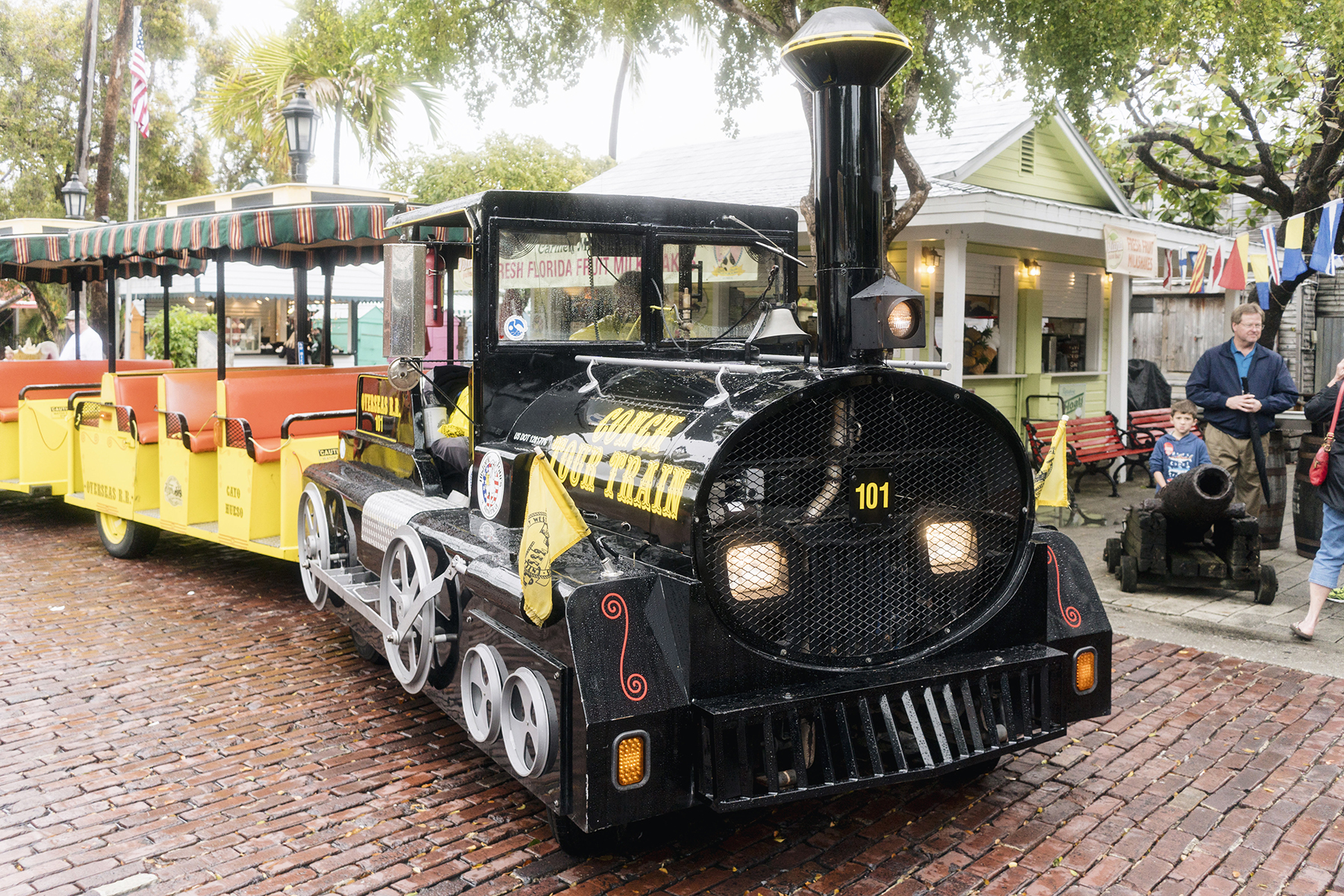 Key West Conch Train - Florida Keys with young kids | Happy Grey Lucky