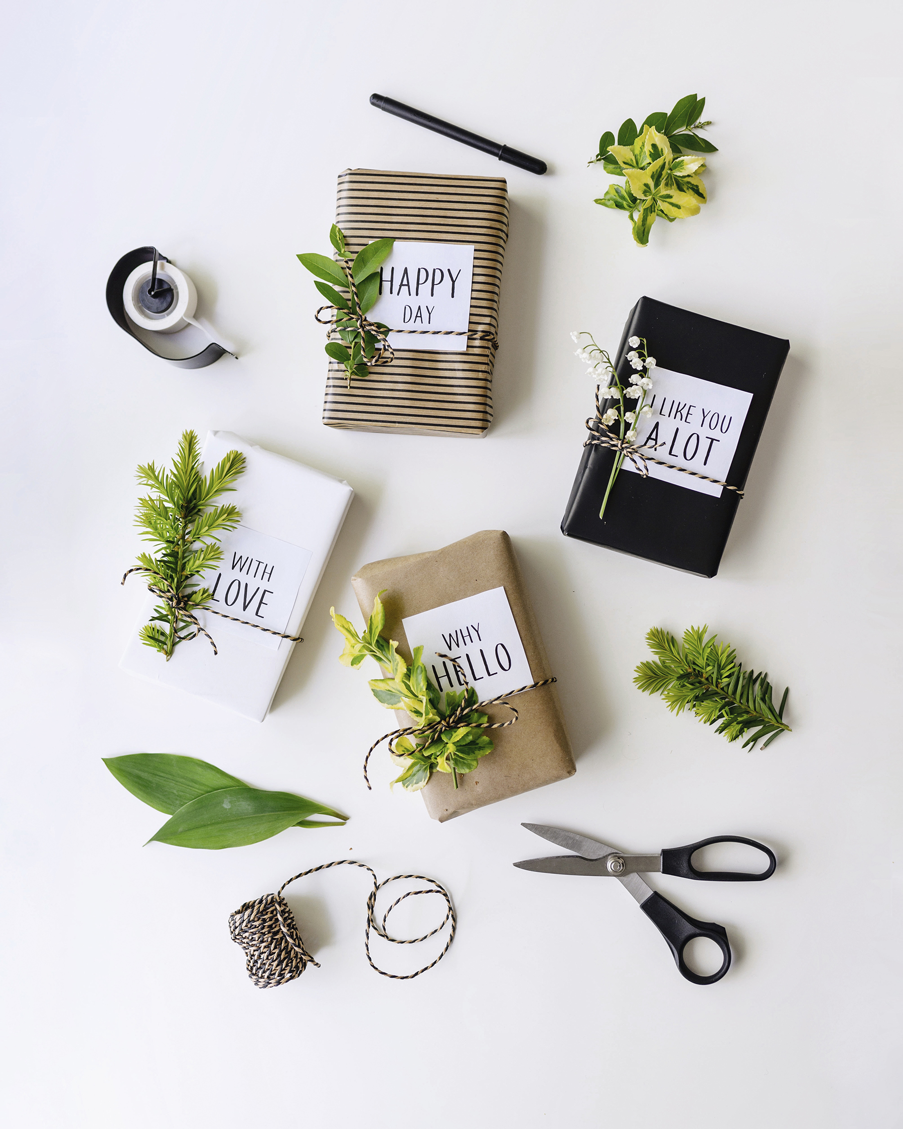 Natural kraft paper + greenery gift wrap | Father's Day gift guide