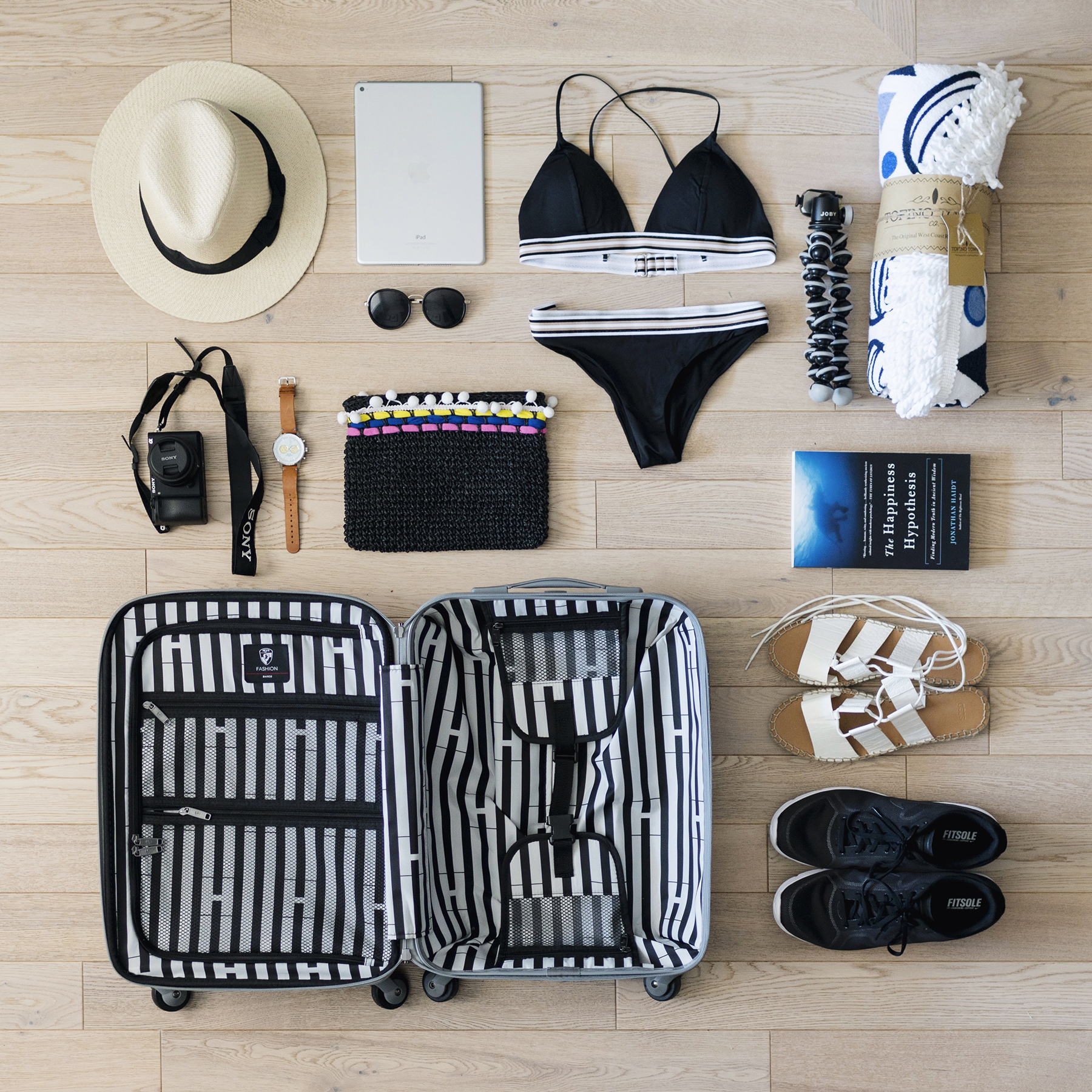 10 Things to Pack for a KidsFree Beach Vacation  Happy