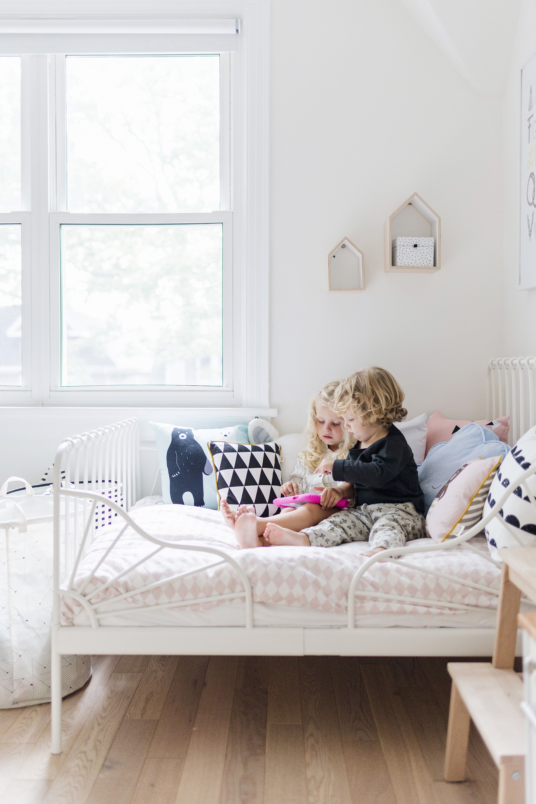 5 ways to help preschoolers learn at home | Happy Grey Lucky