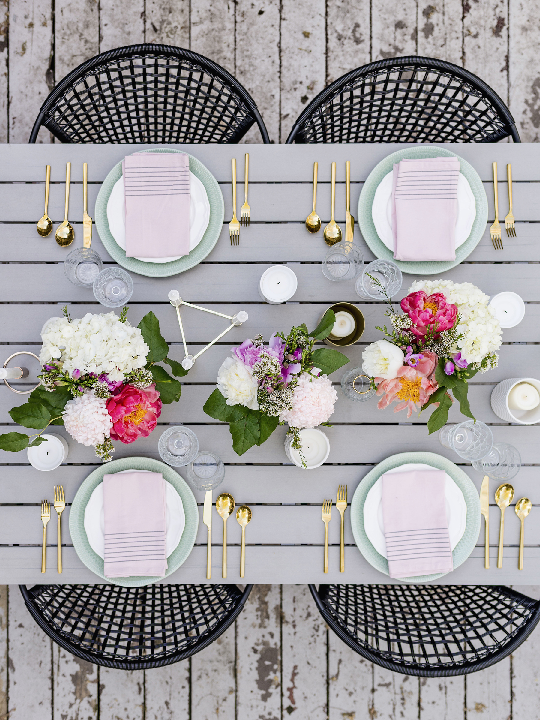 Modern romantic spring tablescape perfect for a Mother's Day party