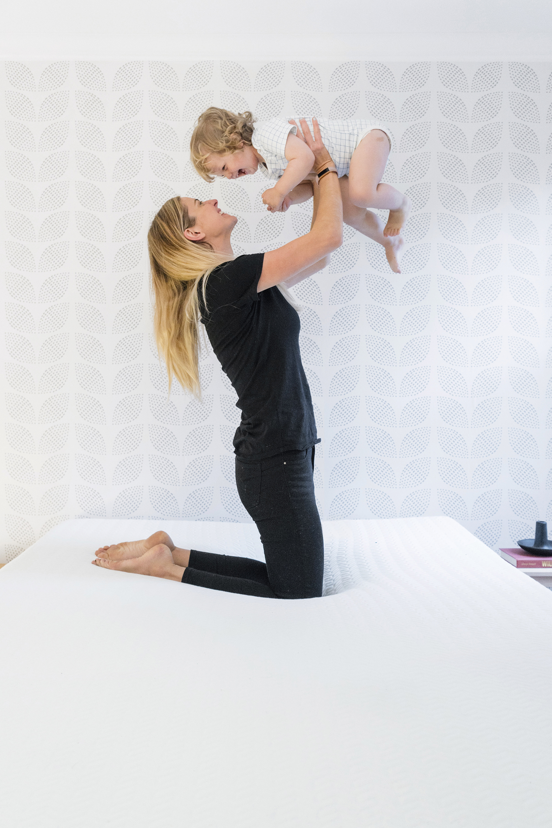 How to get more sleep when you're a sleep-deprived new mom | Happy Grey Lucky