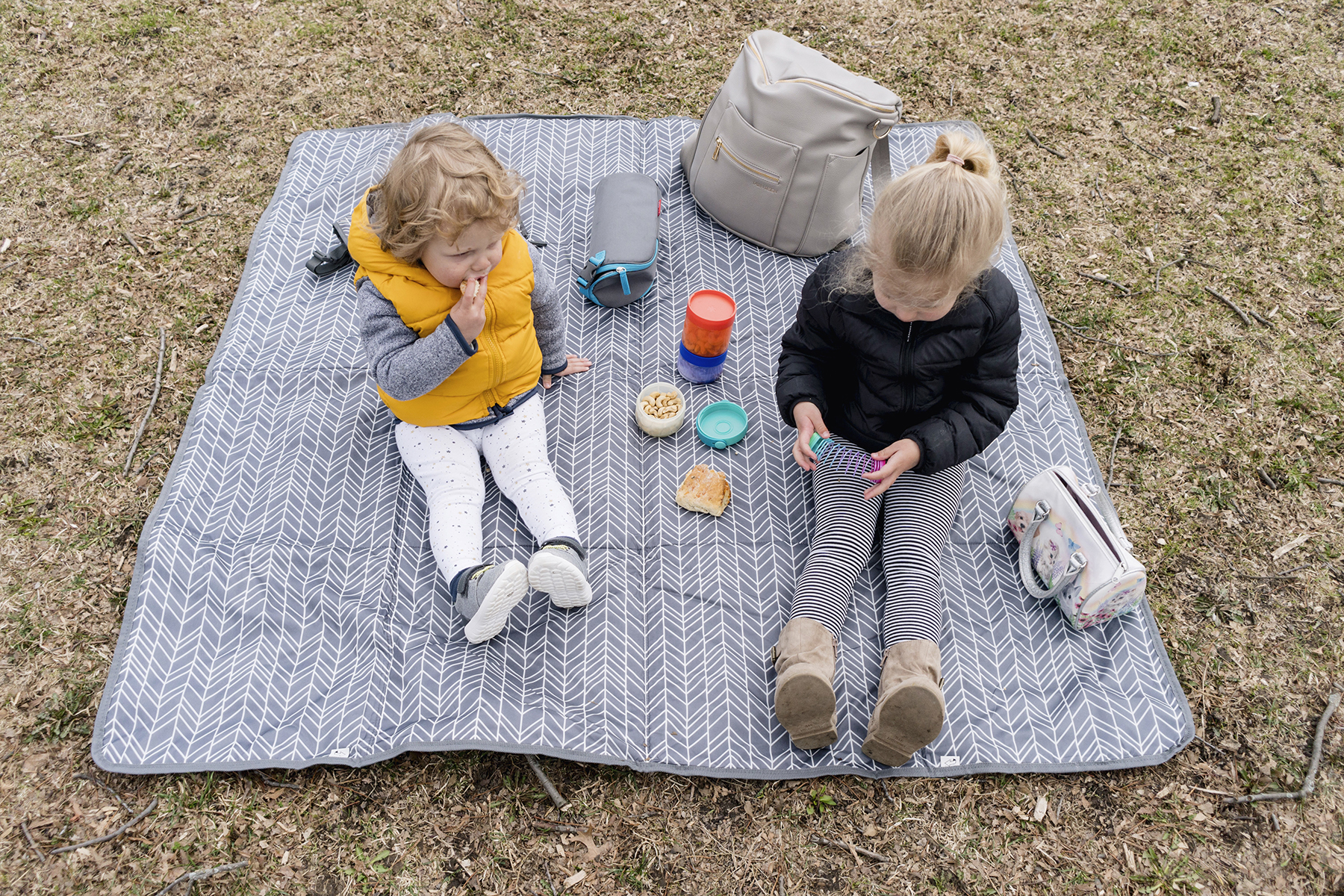 Skip Hop Central Park outdoor blanket | Best travel gear for babies and toddlers
