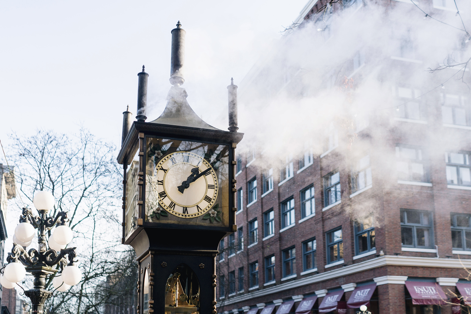 Gastown steam clock | Vancouver Canada Travel Guide