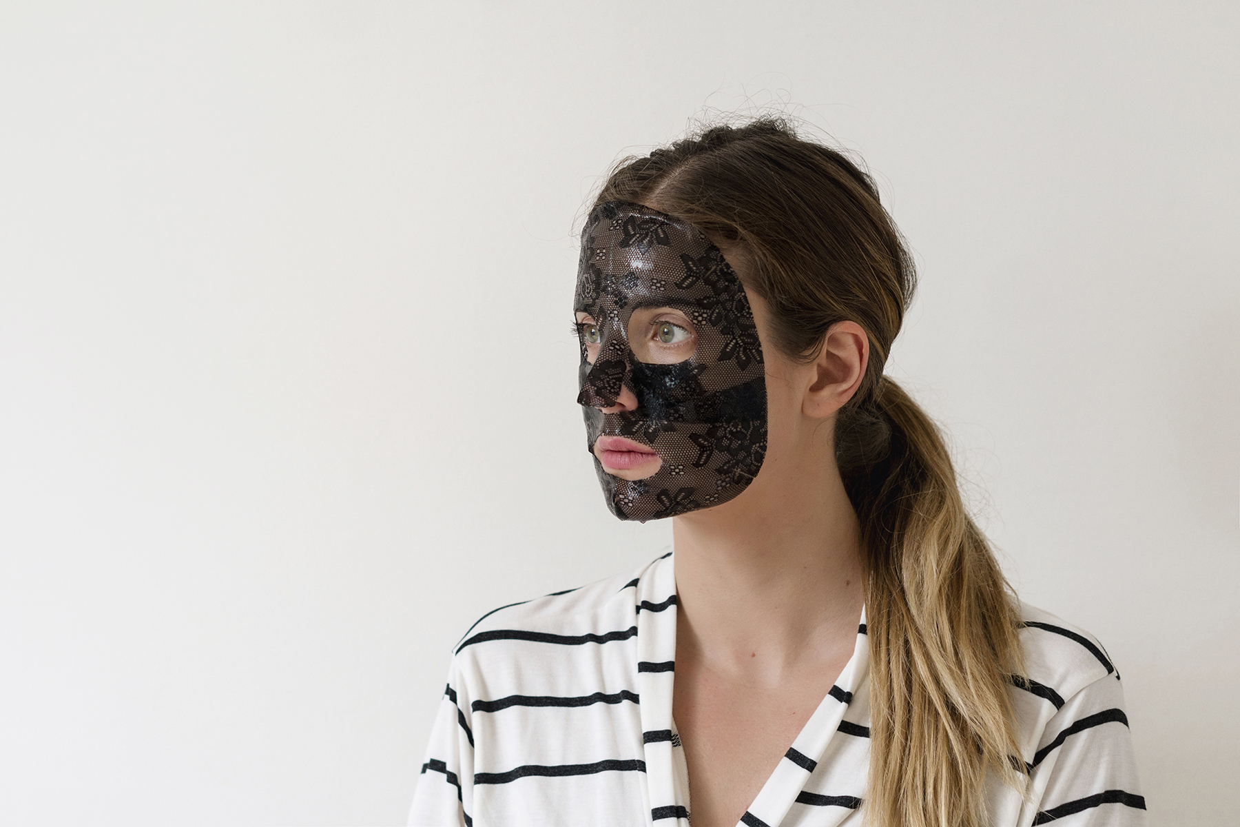 How taking care of yourself makes you a better mom | Trefiel anti-aging lace sheet mask review