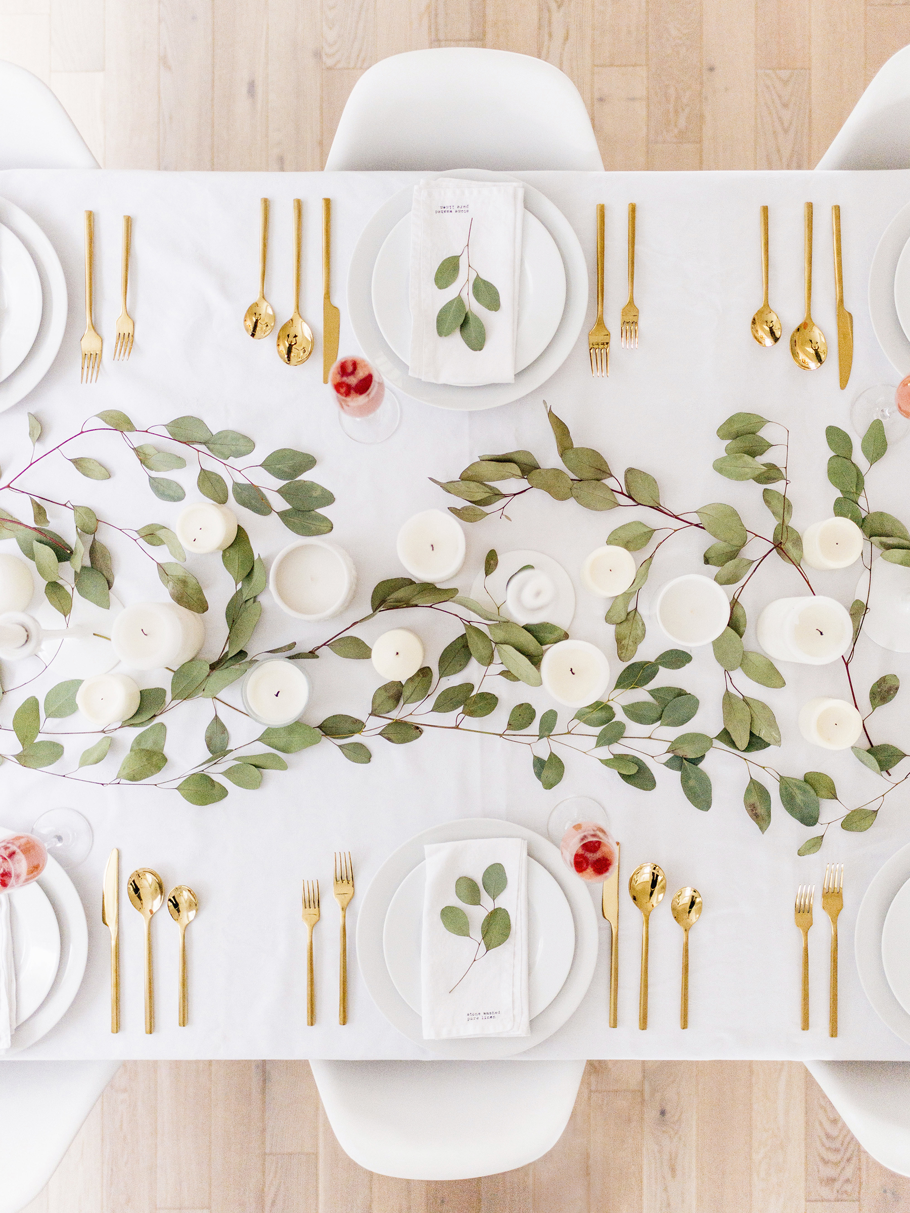 Merveilleux Simple, Modern Valentineu0027s Day Tablescape, Perfect For Winter | Happy Grey  Lucky